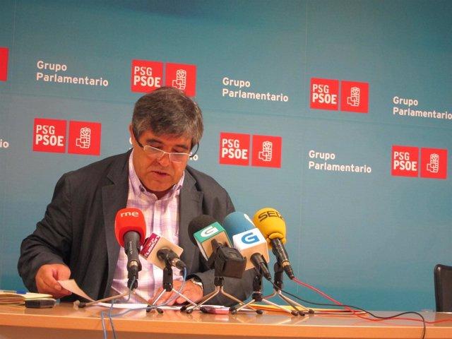 Modesto Pose, Del Grupo Parlamentario Del Psdeg, En Rueda De Prensa