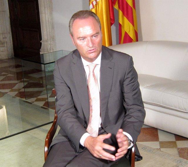Alberto Fabra En Su Despacho