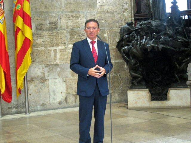 El Conseller De Gobernación, Serafín Castellano