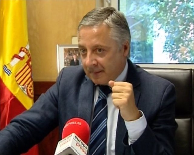 Blanco compara al PP con 'una agencia de rating'