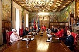 Sesión Del Gobierno De Navarra.