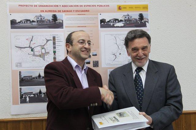 Alejo Y El Alcalde, Domingo Martín Aparicio, En La Presentación Del Proyecto