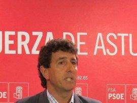 """Gutiérrez (PSOE) lamenta que los consejeros del Gobierno asturiano tengan """"miedo"""" a hablar"""