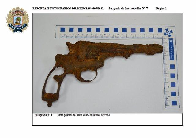 Pistola Encontrada En Las Islas Cíes.