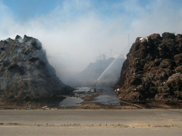 Incendio en la planta de residuos en Ejido