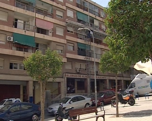 Fachada Del Edificio Donde Ocurrió El Crimen En Alicante