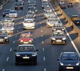 Retenciones Tráfico Caravana De Vehículos Coches
