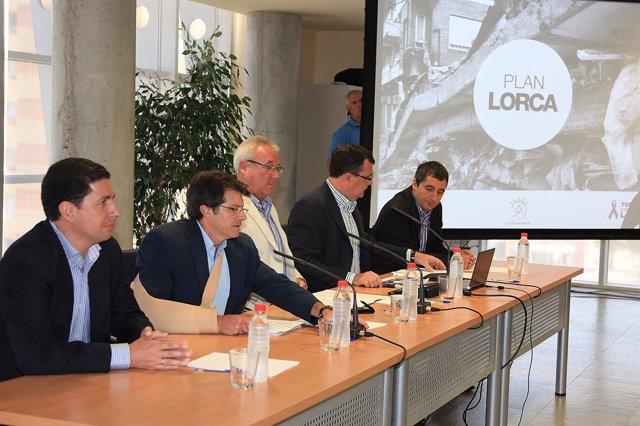 Valcárcel Junto Al Alcalde De Lorca Y Sus Consejeros