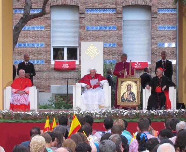 JMJ Visita Benedicto XVI A La Fundación Instituto San José De Madrid