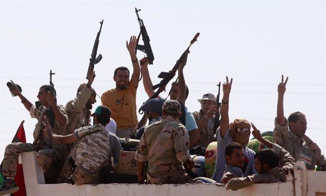 Rebeldes Libran La Batalla Final En Trípoli