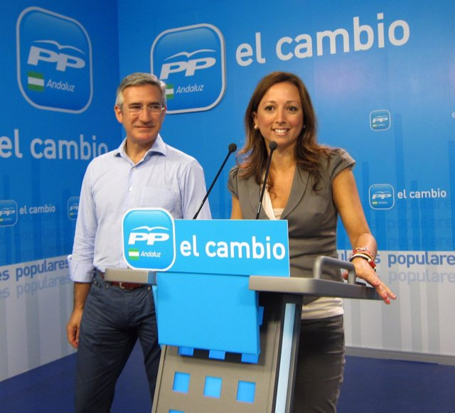 Patricia Navarro Y Miguel Ángel Arauz, Hoy En Rueda De Prensa