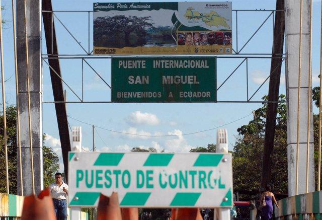 Puesto De Control En La Frontera Norte De Ecuador.