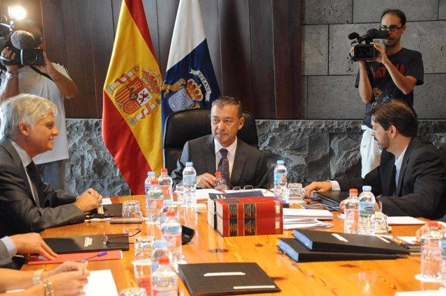 José Miguel Pérez, Paulino Rivero, Y Javier González Ortiz
