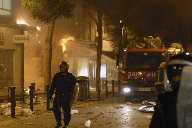 Nueva Noche De Disturbios En Londres