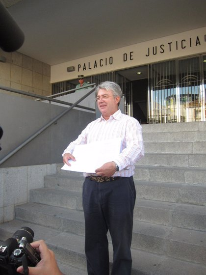 Andalucía.- Derecho a Vivir pide en los juzgados el restablecimiento de la sonda a Ramona Estévez