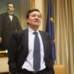 diputado socialista y ex secretario general de Comisiones Obreras (CC.OO.), Anto