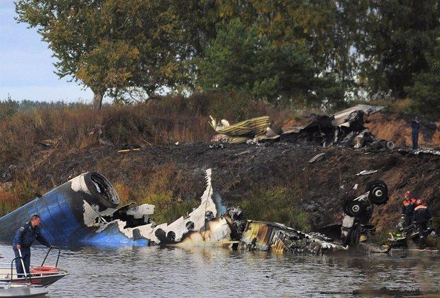 Accidente Aéreo En Rusia De Unyak-42
