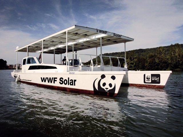 Imagen Del Barco Solar De WWF