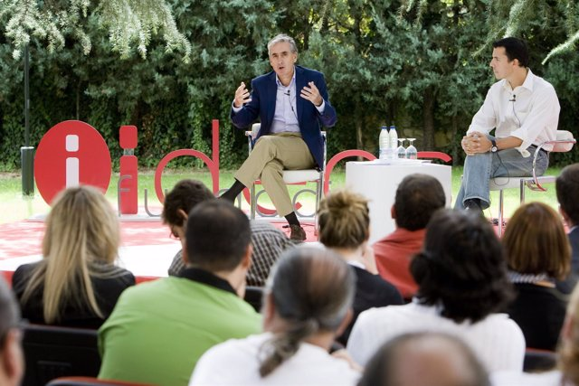 El Ministro De La Presidencia, Ramón Jáuregui