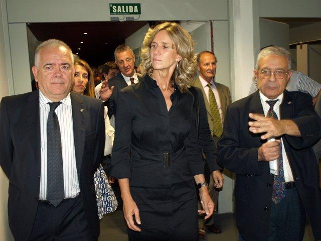 La Visita De La Ministra Garmendia En La Nueva Sede Del Centro En Salamanca