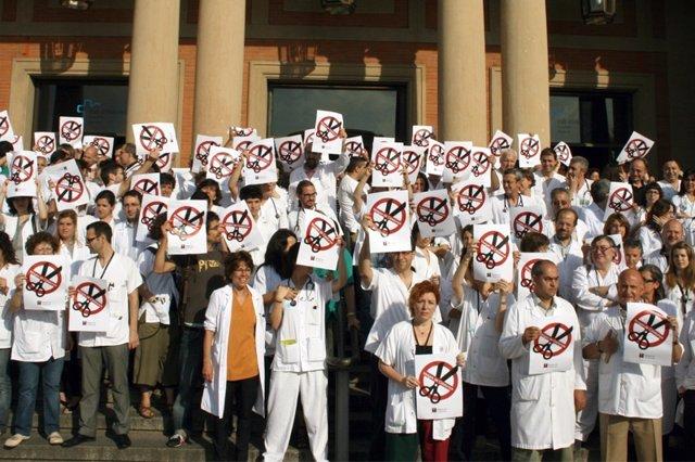Concentración Del Sindicato Médicos De Catalunya