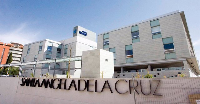 Fachada Principal Del Hospital Del Grupo Viamed En Sevilla
