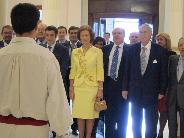 La Reina Doña Sofía En La Universidad De Deusto, En Bilbao