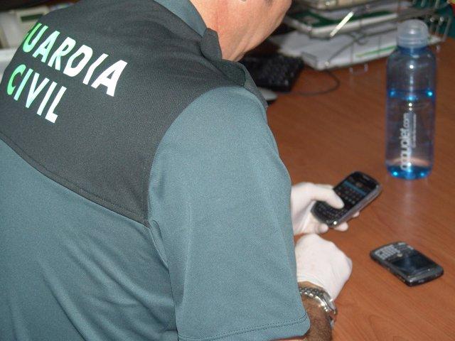 Detenido En Sevilla Por Estafar 140.000 Euros En Telefonía Móvil