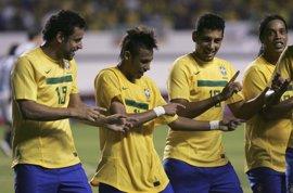 Fútbol.- Neymar marca en la victoria de Brasil en la vuelta del Superclásico de las Américas ante Argentina