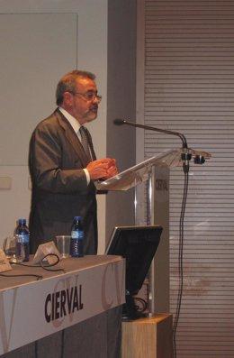 José Vicente González.