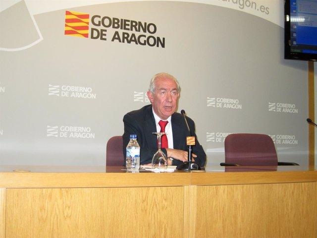 El Consejero De Economía Y Empleo Del Gobierno De Aragón, Francisco Bono