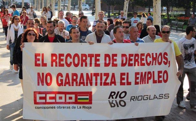 Trabajadores De Starglass -Antes Rioglass- Protestan Por Sus Sueldos