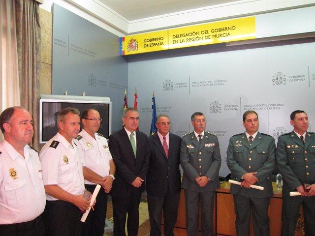 Entrega De Los Títulos De La Orden Del Mérito Civil