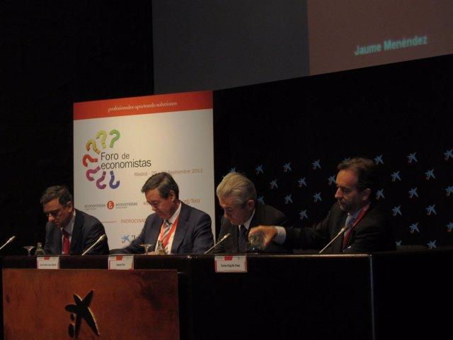 Inauguración Del Foro De Economistas 2011