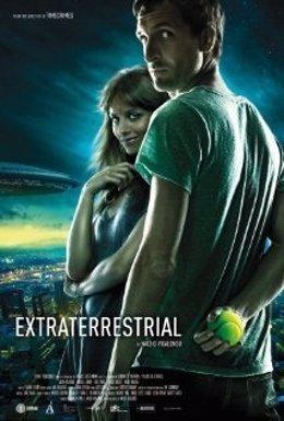 Cartel De La Película 'Extraterrestre' De Nacho Vigalondo