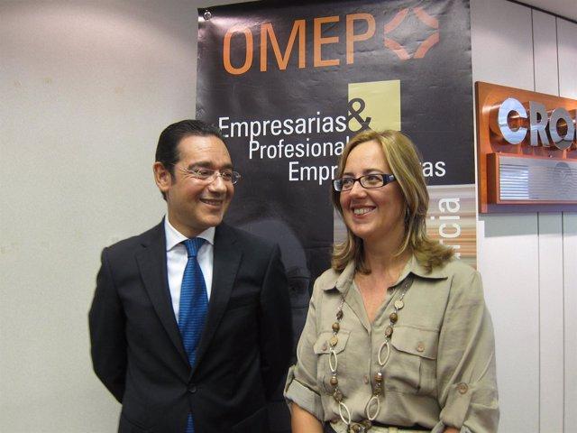 J. Gabriel Ruiz  Y Presidenta OMEP, Manuela Marín