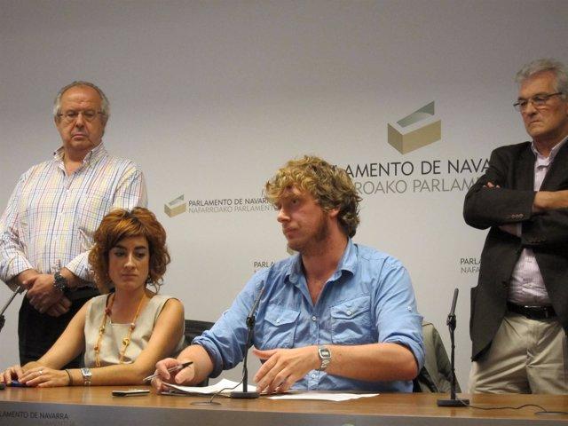 Los Portavoces Parlamentarios De Bildu Bakartxo Ruiz Y Maiorga Ramirez.