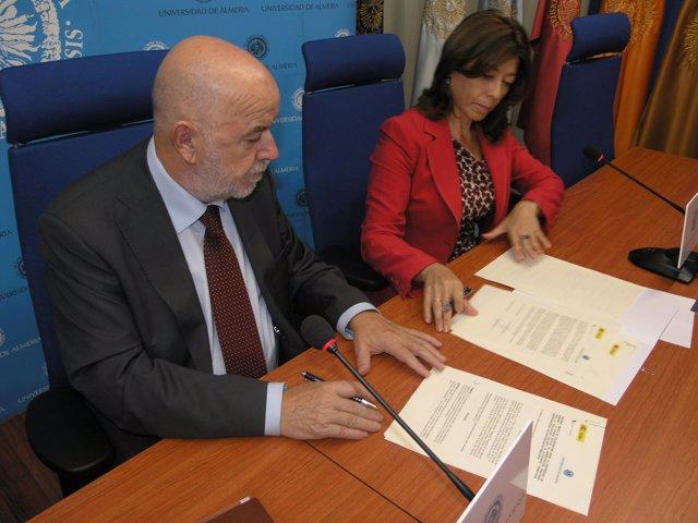 El Rector De La UAL Firma Un Convenio Con La Agencia Tributaria