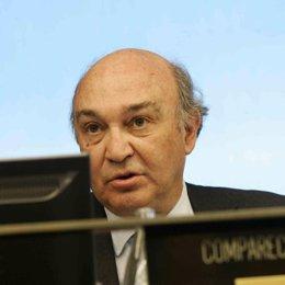 secretario general de la patronal, José María Lacasa.