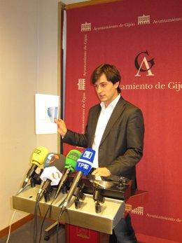 José María Pérez En Rueda De Prensa.