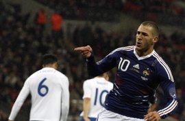 Fútbol/Eurocopa.- Benzema entra en la lista de Francia pese a sus molestias musculares