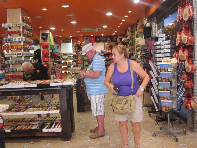 Turistas De Compras