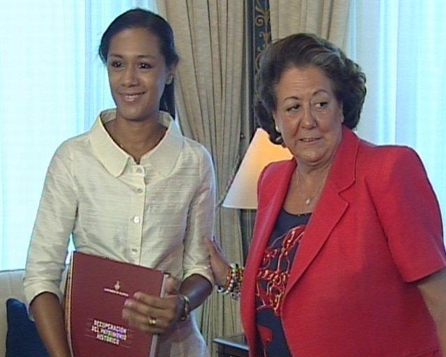 Lola Johnson Y Rita Barberá