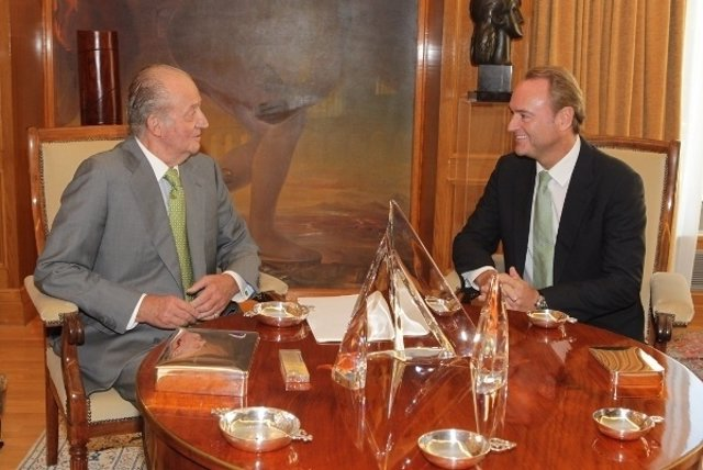 Don Juan Carlos Y Alberto Fabra