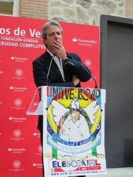 José Ricardo Martínez En Los Cursos De Verano De La UCM