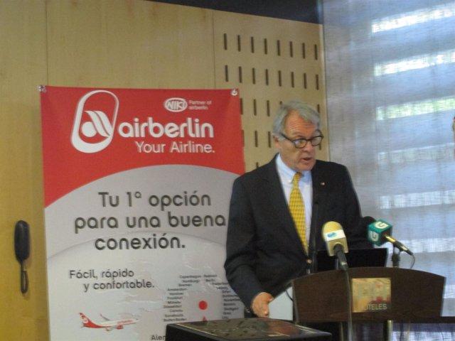 El Director De Airberlin Para España Y Portugal, Álvaro Middelmann
