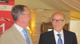 Hersilio García Baquero recibe el premio de la Asociación de Empresa Familiar
