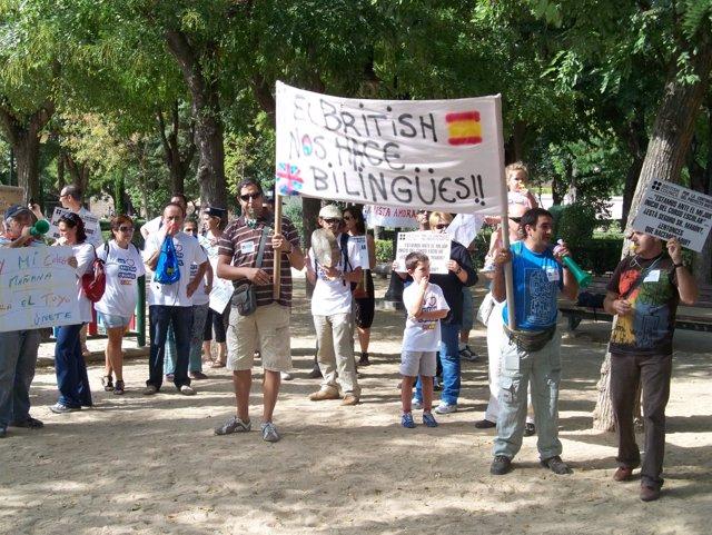 Manifestación Contra Recortes Del  British Council