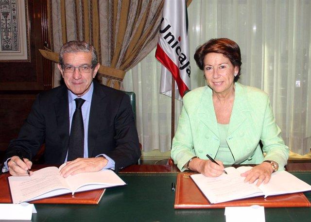 Braulio Medel Y La Vicepresidenta Del BEI, Magdalena Alvarez