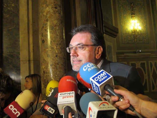 El Conseller De Bienestar Y Familia, Josep Lluís Cleries